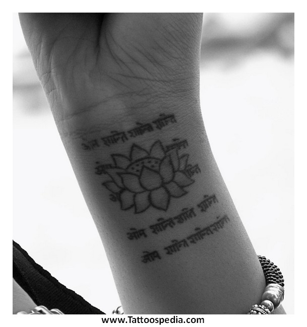 Lotus Flower Wrist Tattoos Designs 6