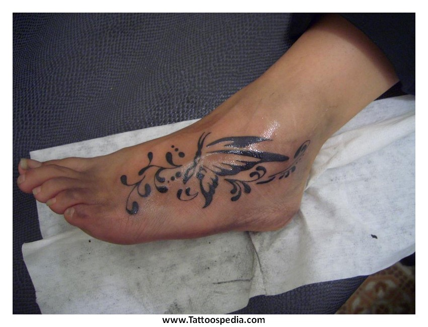 Small Tattoo Designs For Women On Foot 2