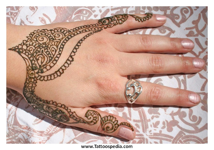Henna Tattoo Qatar : Henna tattoo prices