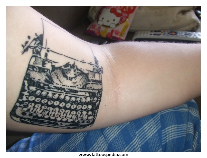 Meaningful%20Tattoos%20For%20Mothers%208 Meaningful Tattoos For ...