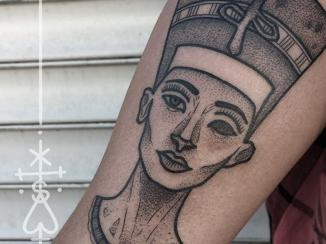 queen nefertiti tattoo. Black Bedroom Furniture Sets. Home Design Ideas
