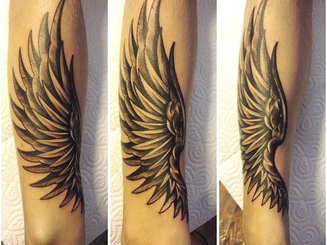 wings tattoo meaning