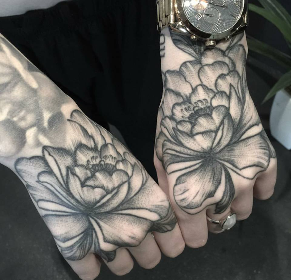 The meanings of flower tattoos 1469545614844110015747885786881688868296386n izmirmasajfo