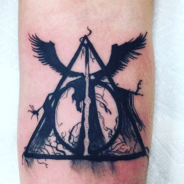 deathly hallows tattoo. Black Bedroom Furniture Sets. Home Design Ideas