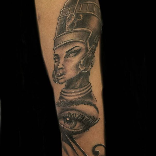 nefertiti tattoo. Black Bedroom Furniture Sets. Home Design Ideas